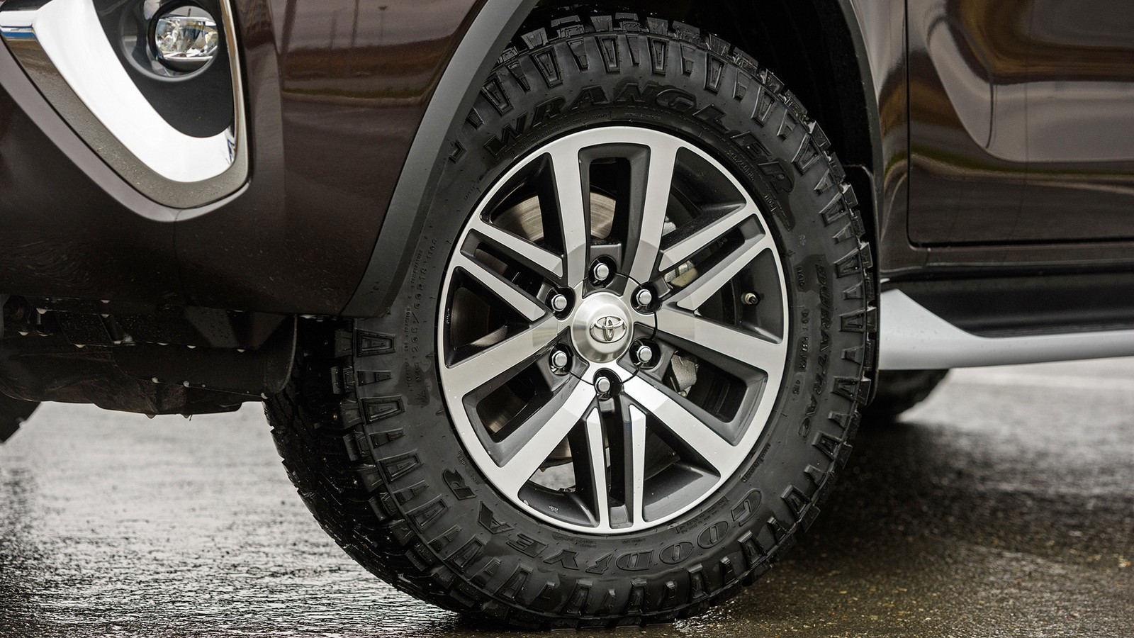 Toyota_Details_05
