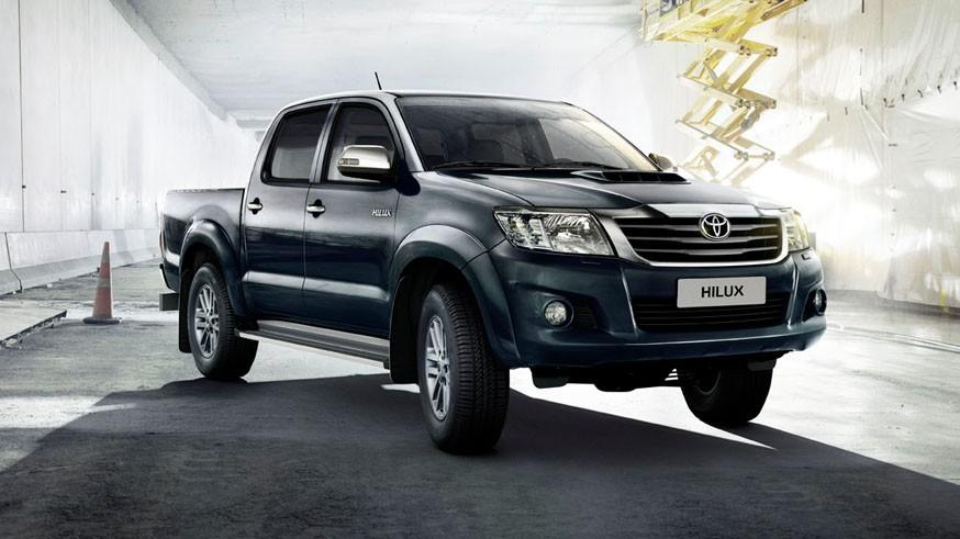 На фото: Toyota Hilux