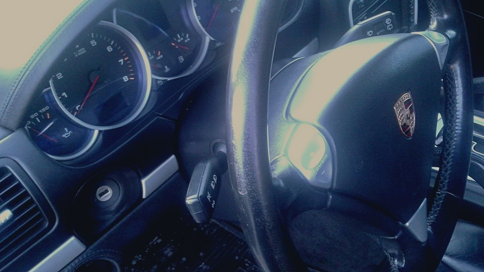 Porsche Cayenne руль