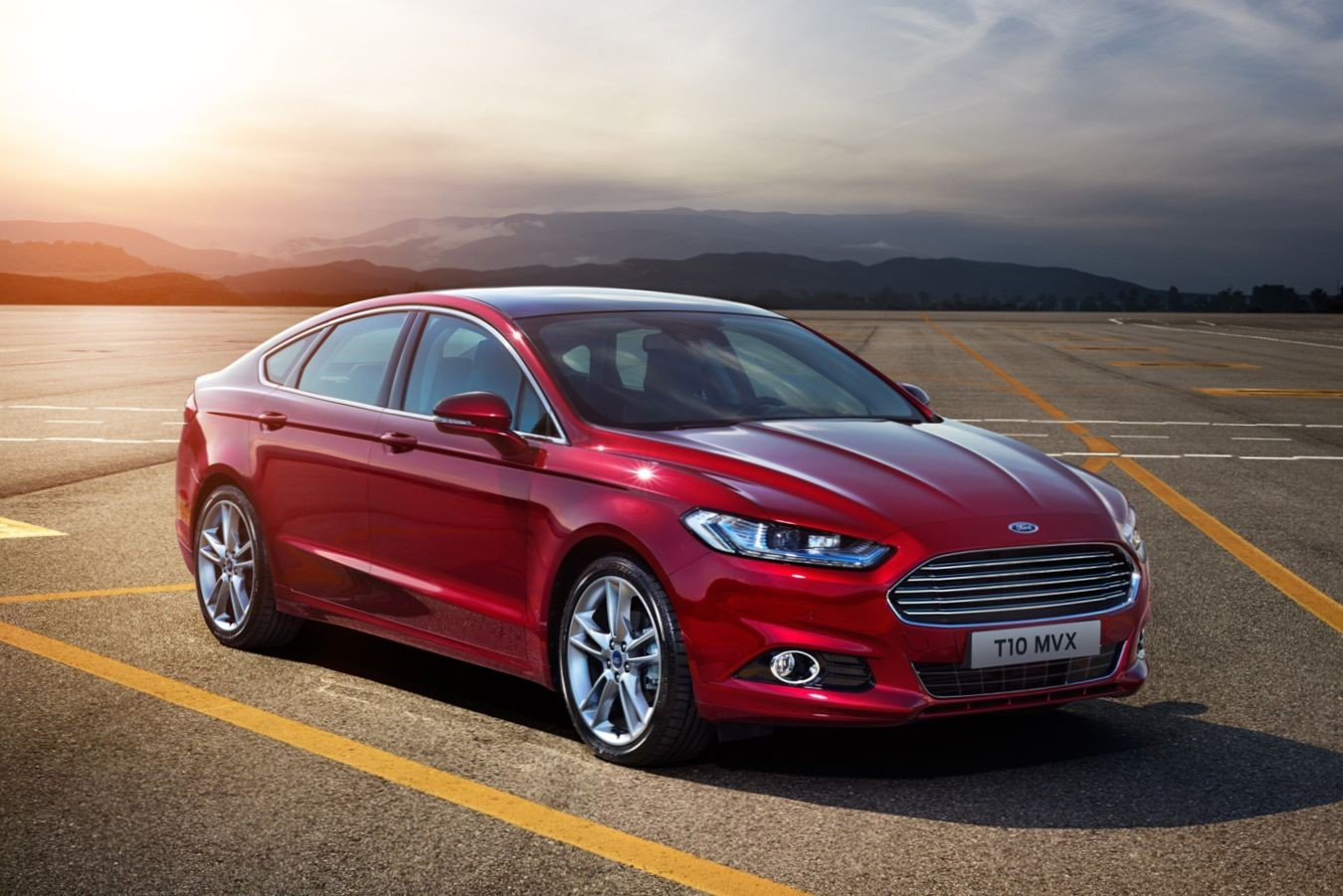 Потерянный конец и подушка-убийца: Ford отзывает в РФ седаны Mondeo и пикапы Ranger