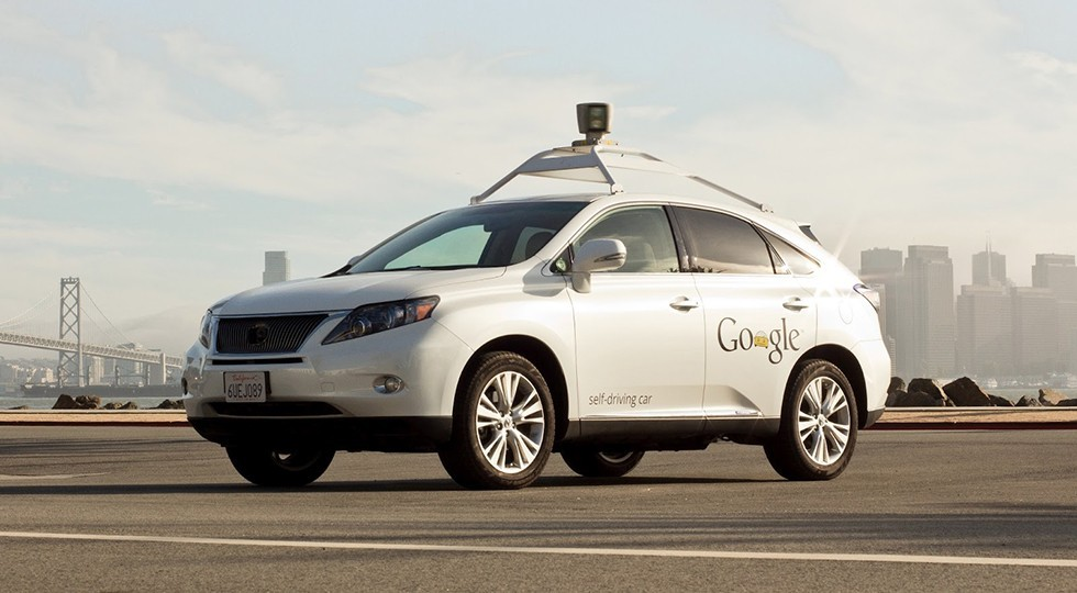 На фото: автономно движущийся автомобиль компании Google