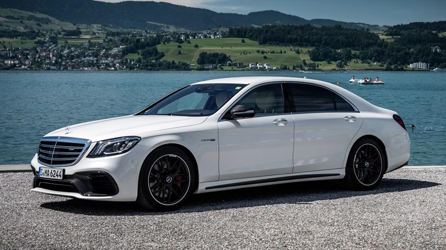 На фото: Mercedes-Benz S63 АМG 4Мatic Limousine L