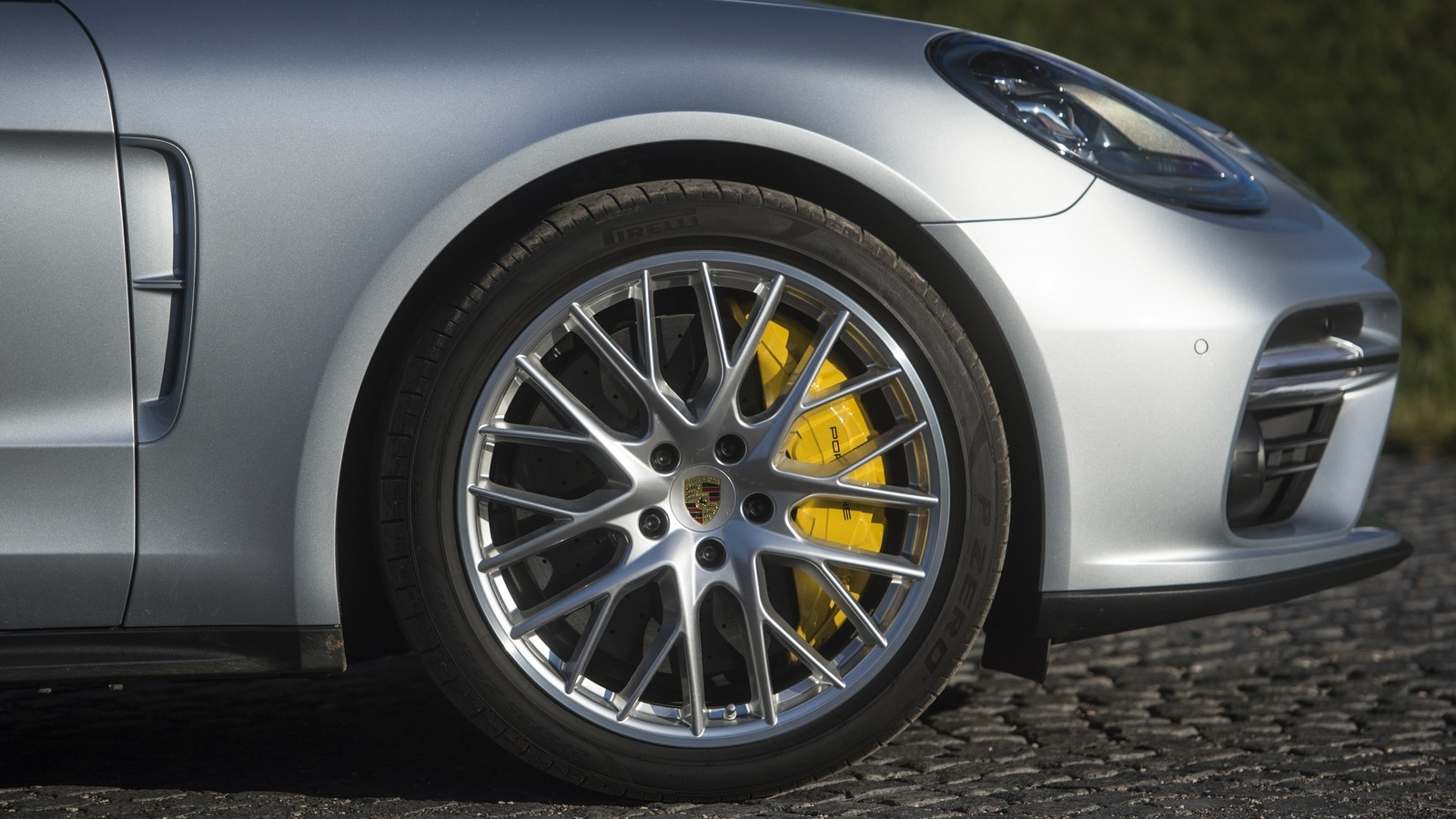 New_Porsche_Panamera_2016_DSD1405.orig
