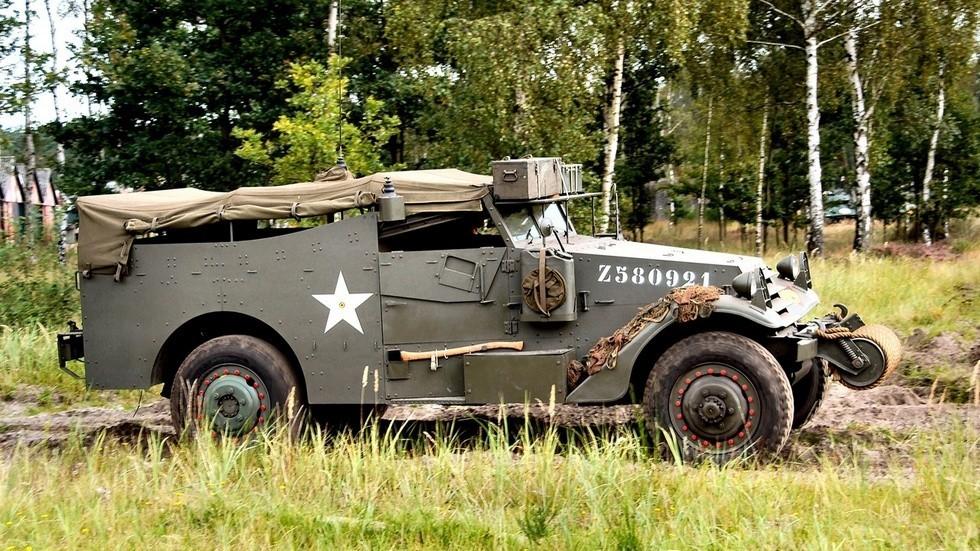 На фото: White M3A1 Scout Car