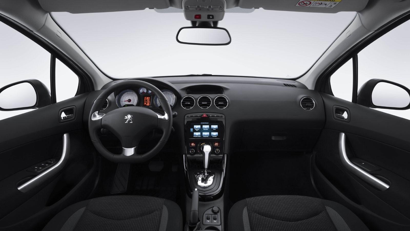 Peugeot 408 '2017–н.в.