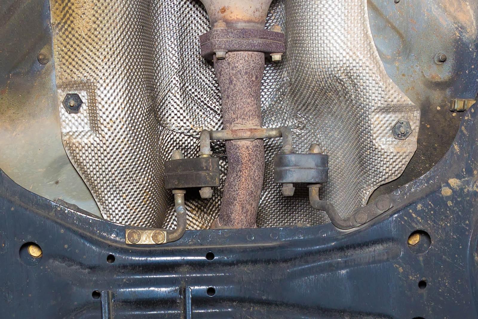 Прогорает не только глушитель: что разваливается и как ремонтируется в системе выпуска?