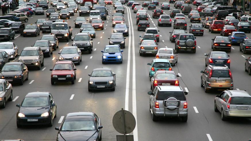 Бороться с пробками хотят с помощью правильного расчёта трафика
