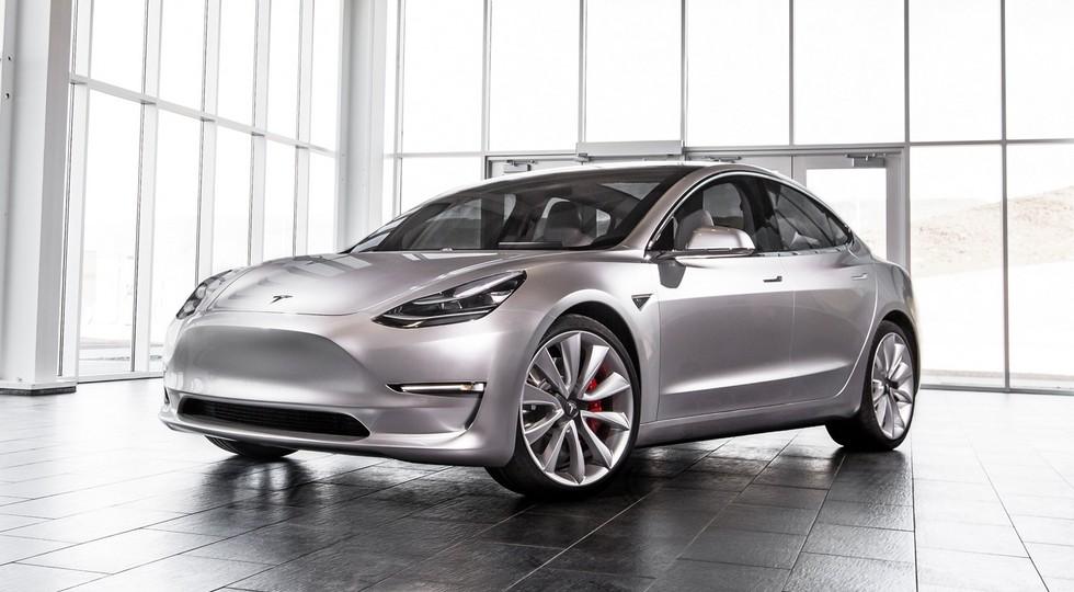 На фото: прототип Tesla Model 3