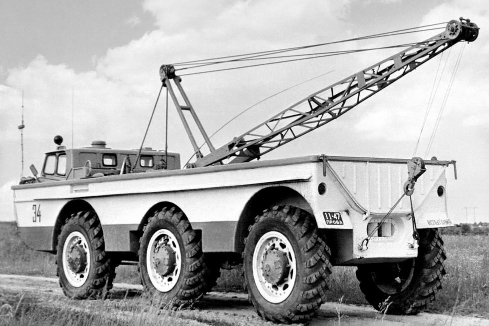 ЗиЛ ПЭУ-1 '1966–73 с краном