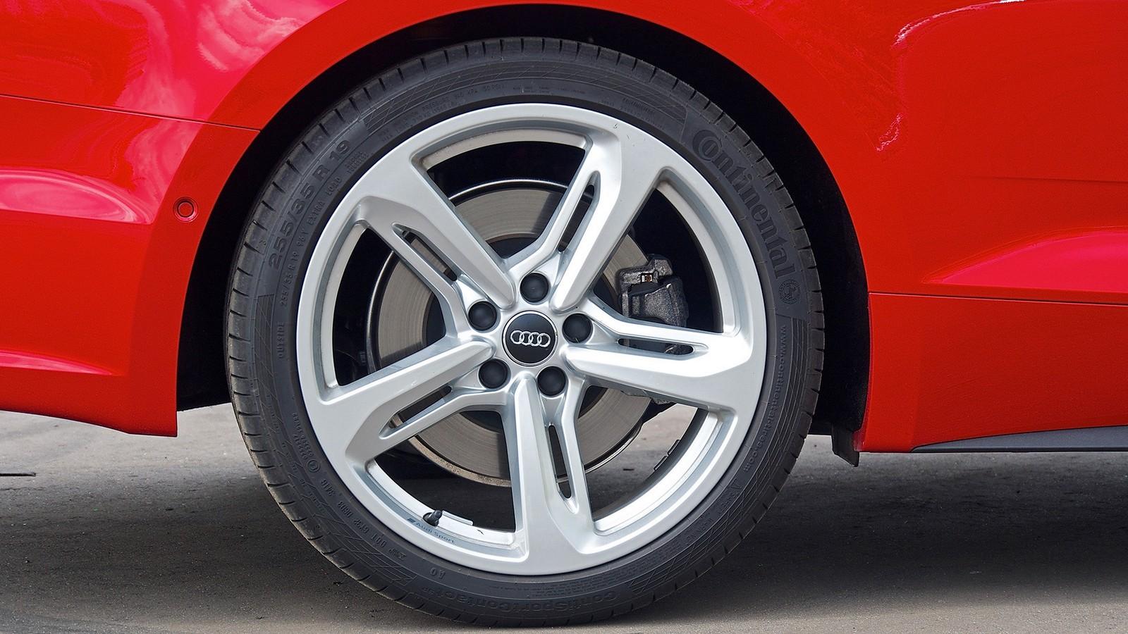 Audi_A5_Coupe_22