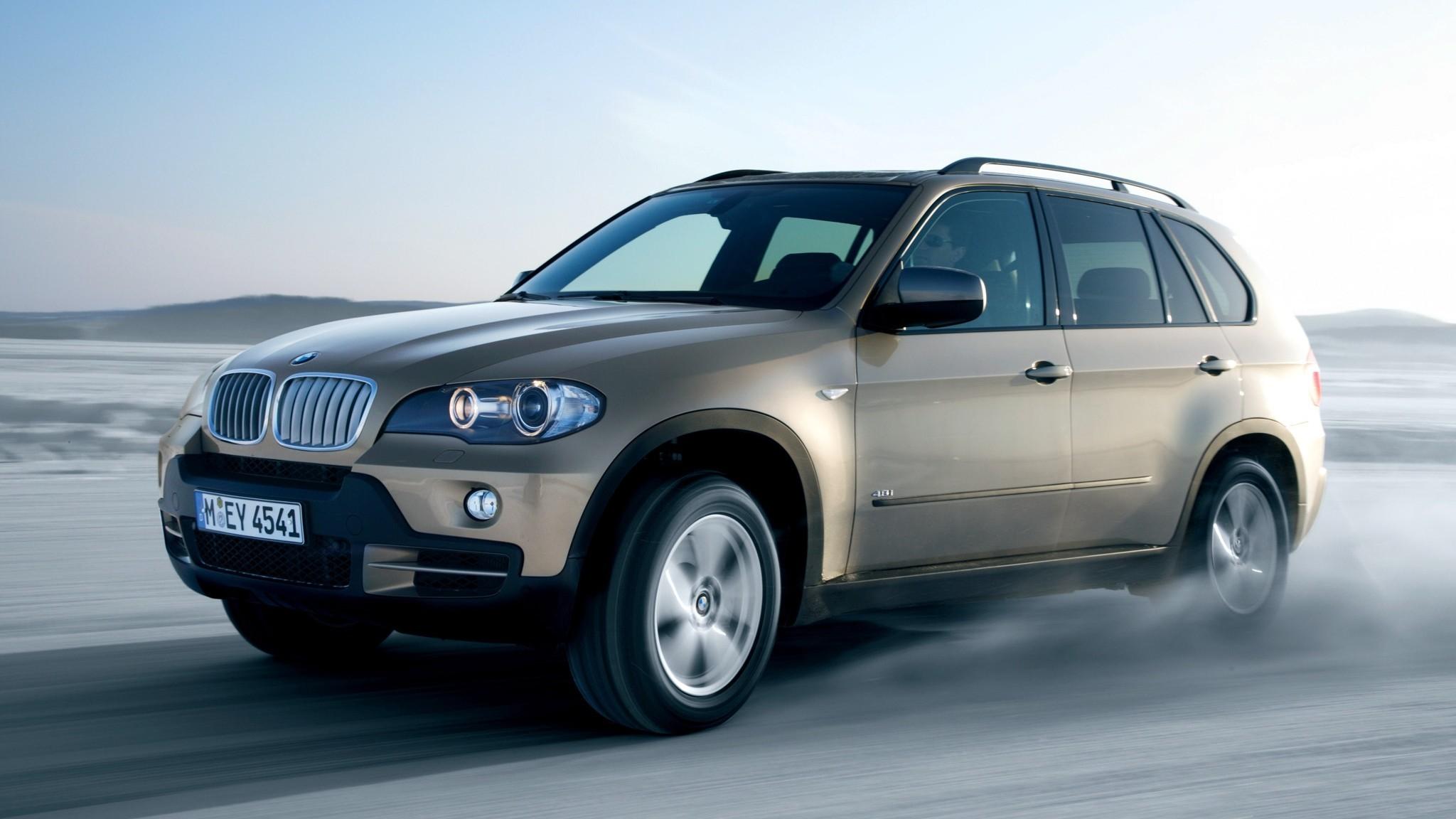 BMW X5 4.8i (E70) '2007–10