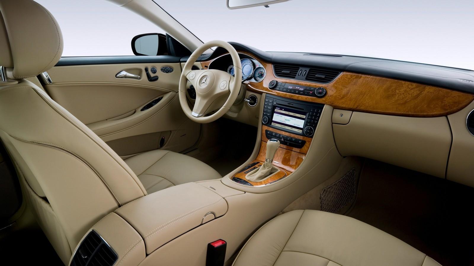 Интерьер Mercedes-Benz CLS 280 (С219) '2008–07.2010