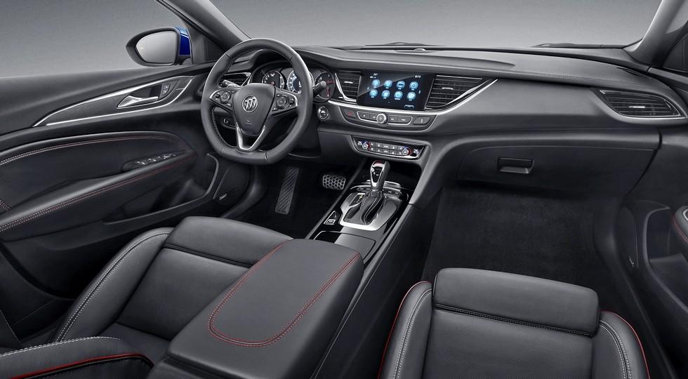 Интерьер китайского Buick Regal GS. Отличия от салона обычного седана -