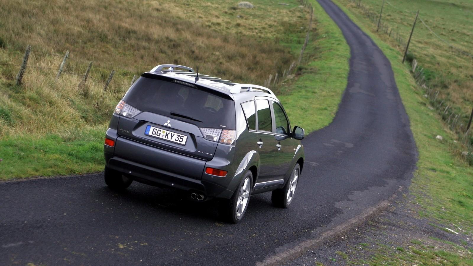 Mitsubishi Outlander '2007–09ы