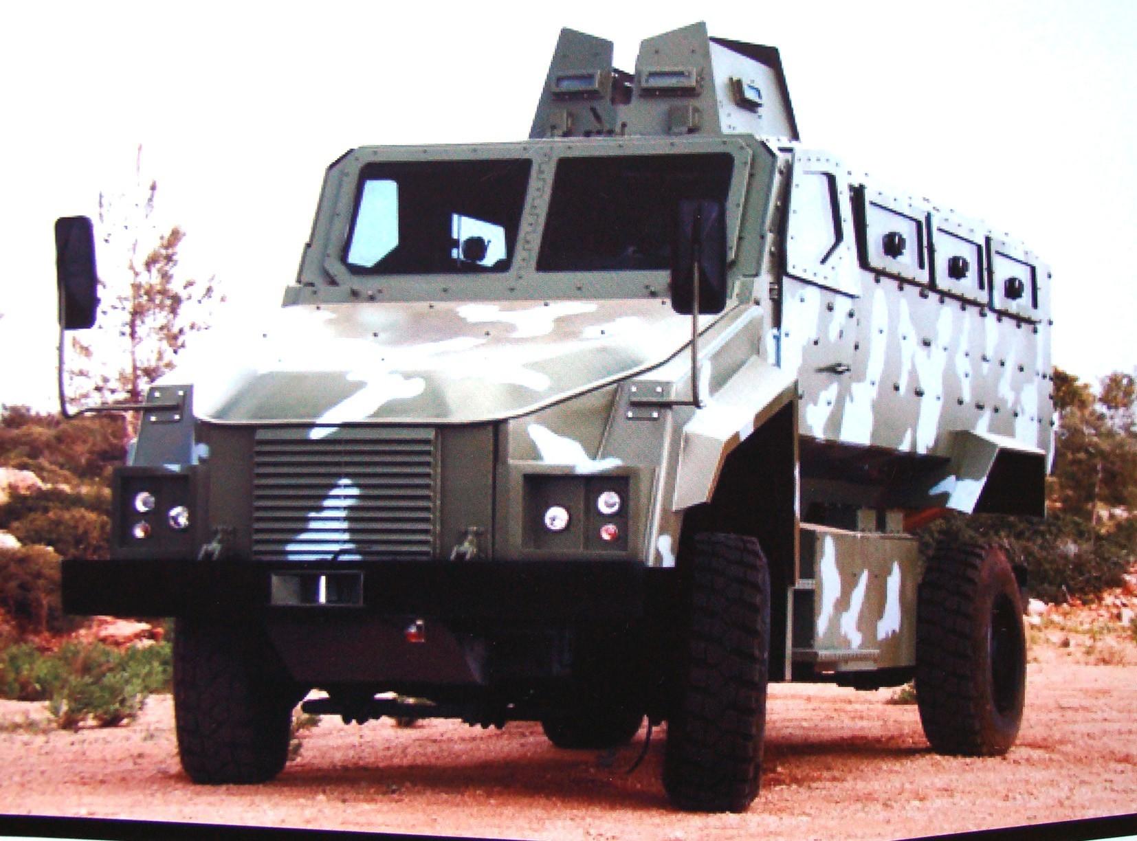 Машина ВМС 350-16Z с пулеметной башней для доставки VIP-персон