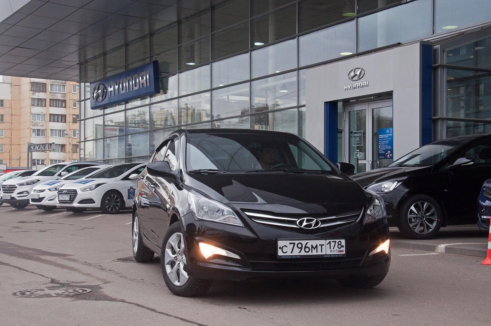 На фото: Hyundai Solaris