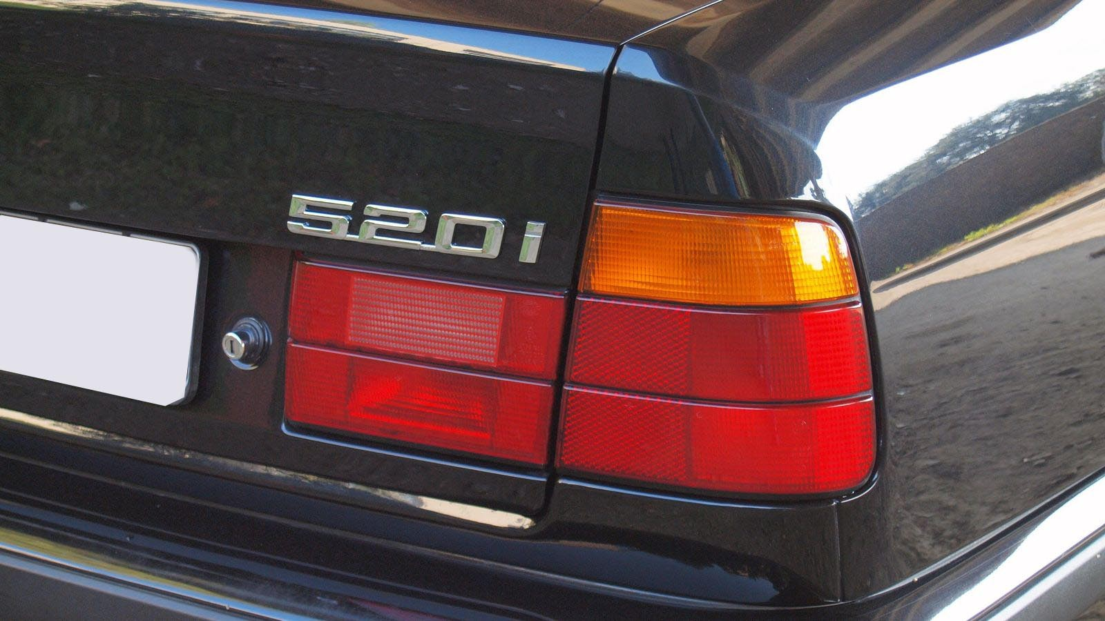 Как на вкладышах от жвачки Turbo: опыт владения BMW 520i E34