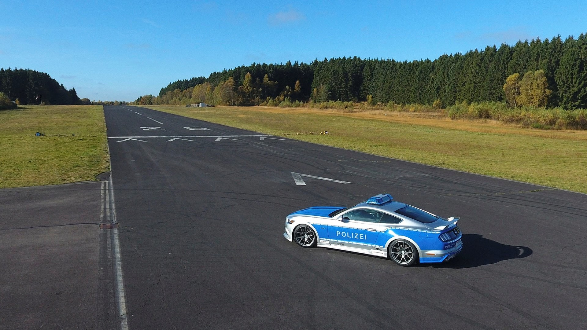ford-mustang-gt-polizei-7