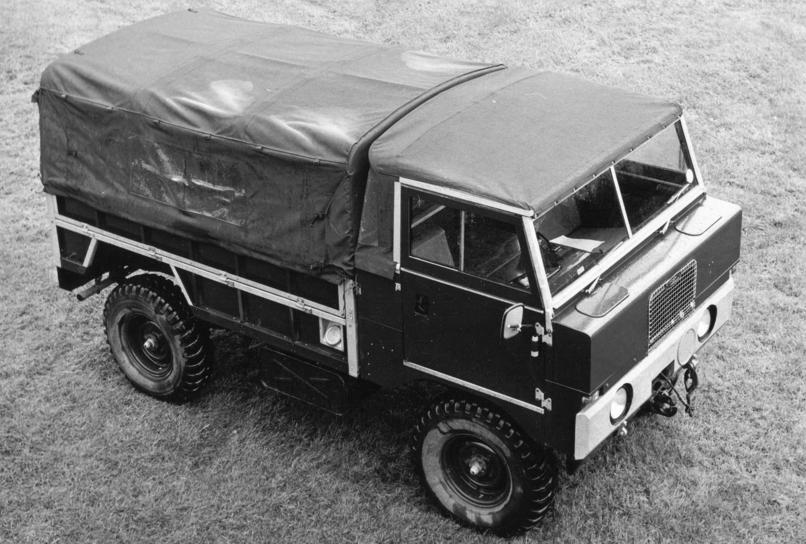 Land Rover 101 Forward Controlф