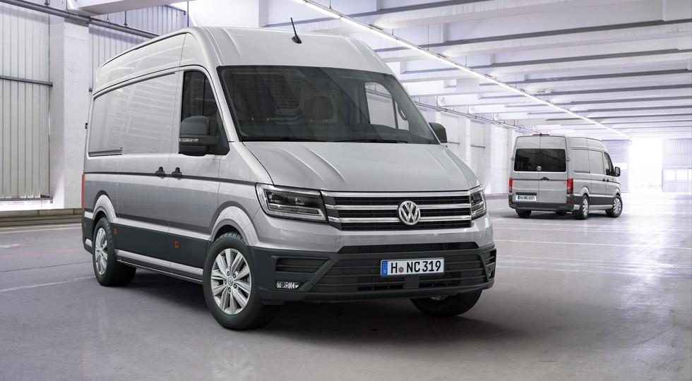 На фото: Volkswagen Crafter нового поколения. В России модель появится в этом году