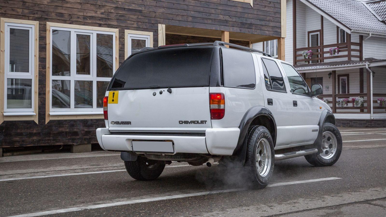 Рама, вакуум и V6: опыт владения Chevrolet Blazer за 300 тысяч рублей