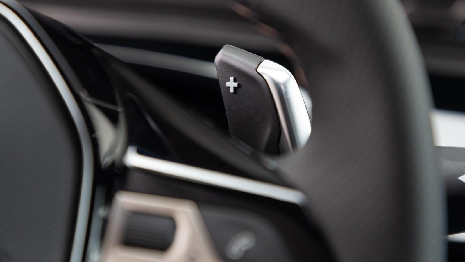 Peugeot 508 подрулевые лепестки