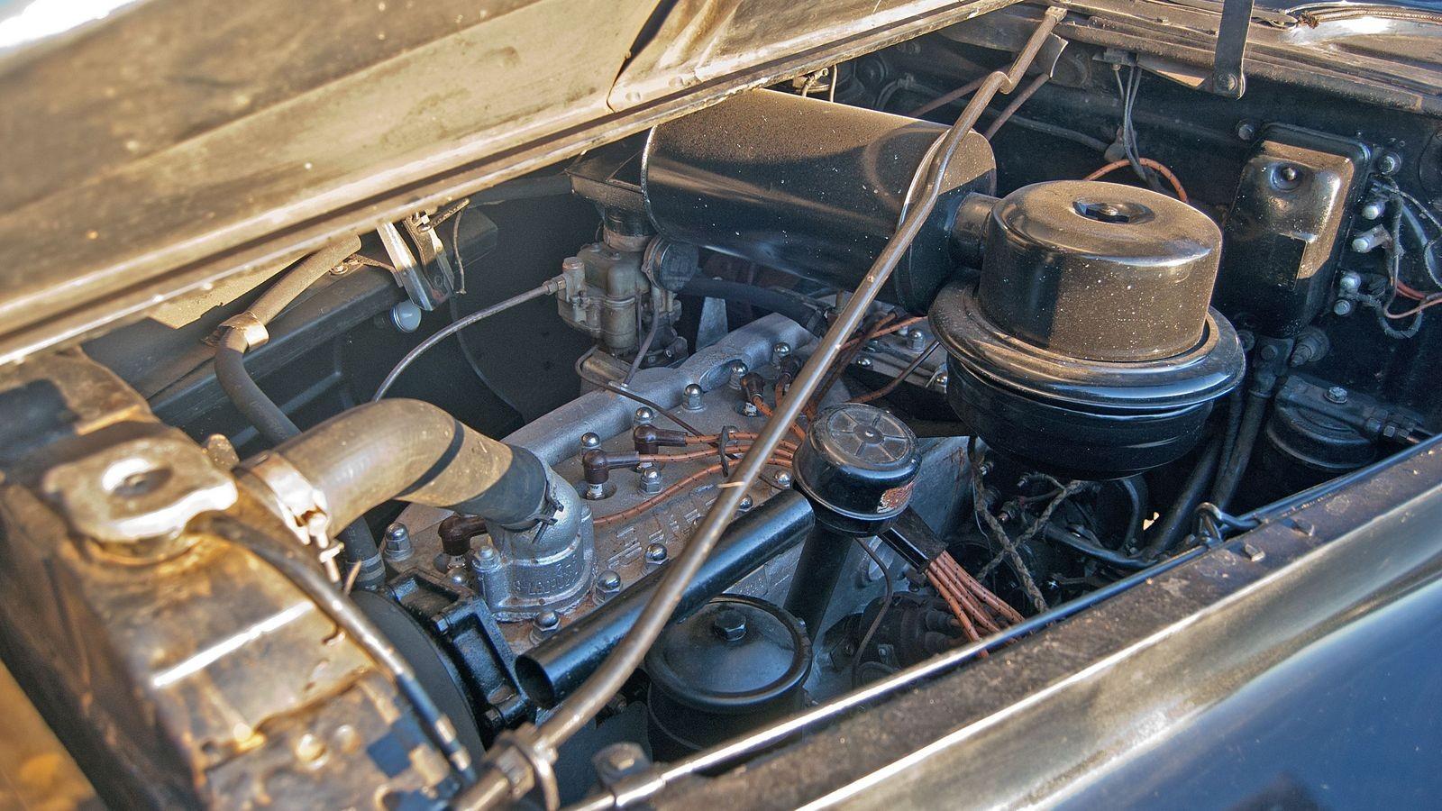 Паккард по-советски: тест-драйв ЗИС-110Б, на котором (возможно) возили Фиделя Кастро