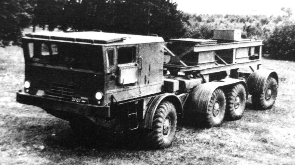 Автомобиль БАЗ-135МБ с новой кабиной и нагрузочным макетом (из архива автора)