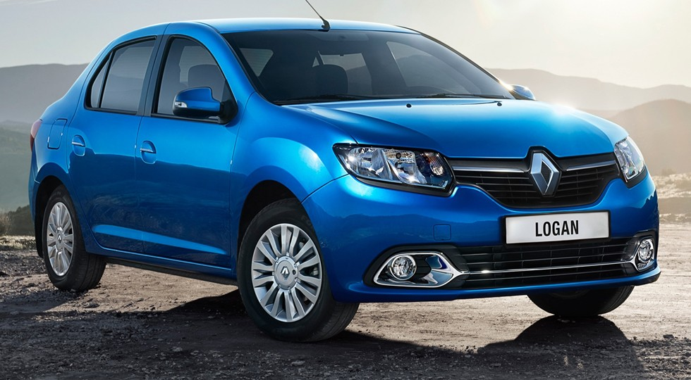 На фото: Renault Logan
