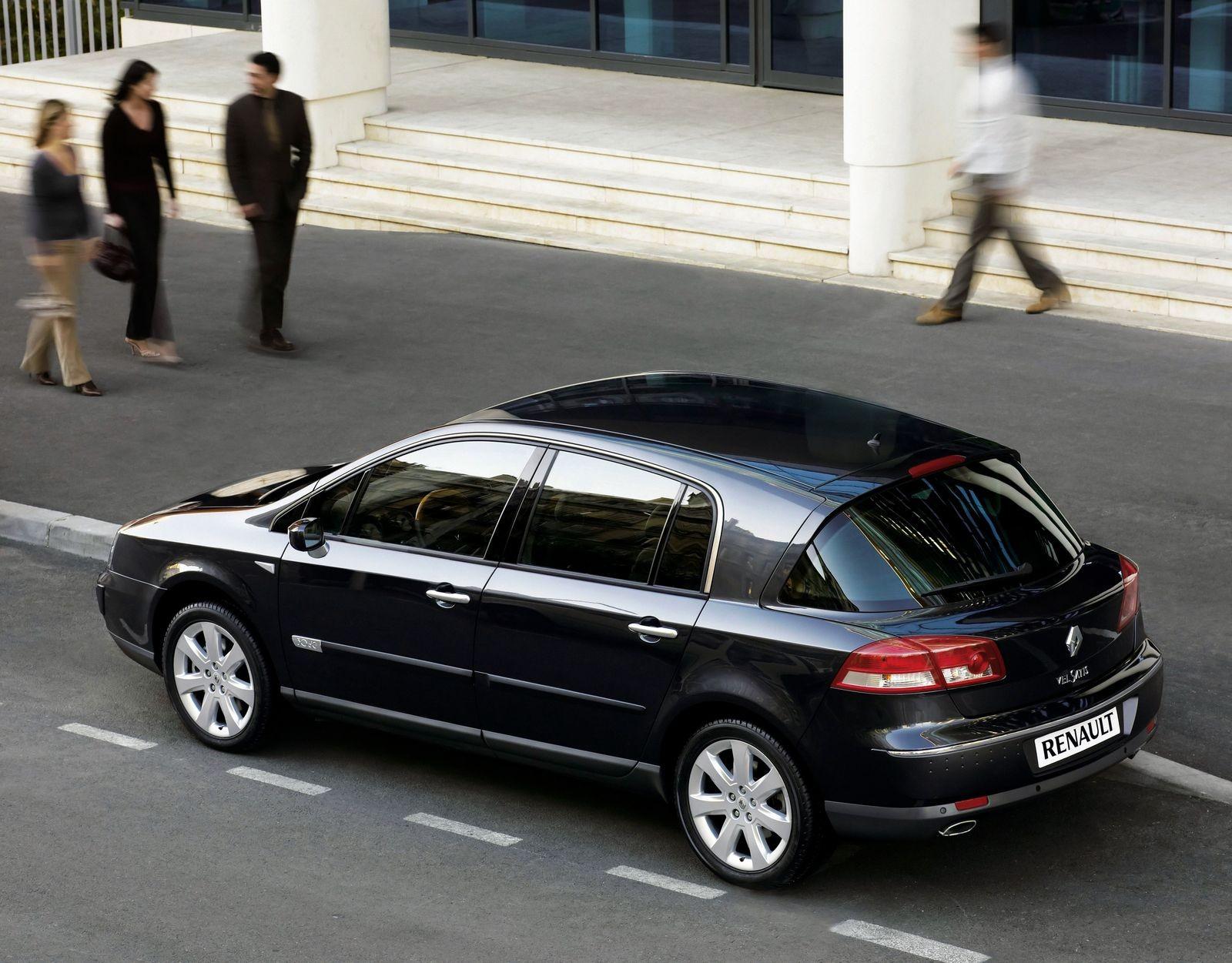 Задолго до Panamera: стоит ли покупать Renault Vel Satis за 450 тысяч рублей
