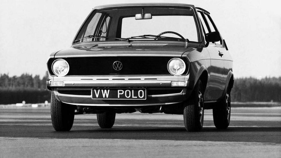 На фото: Volkswagen Polo '1975–79