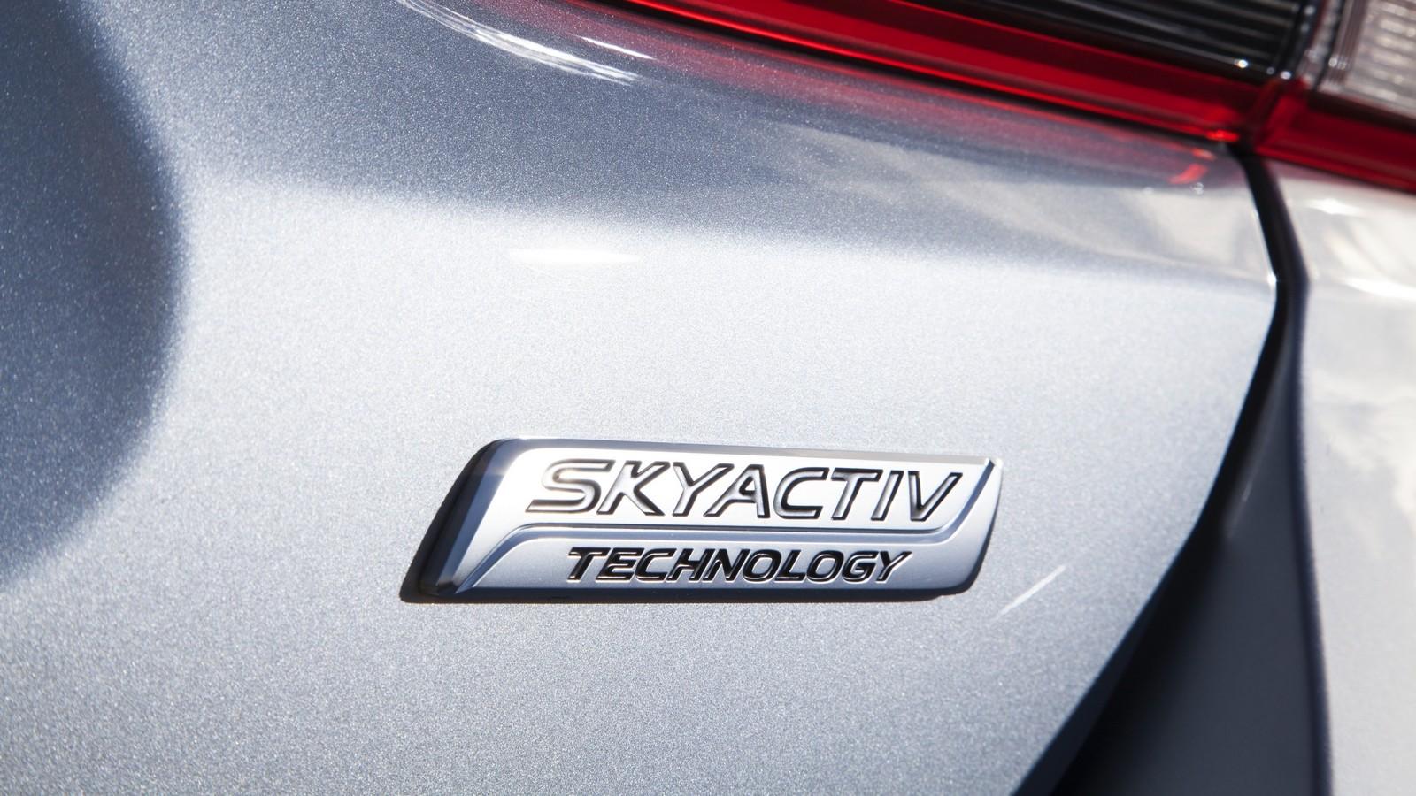 Mazda6_IPM_details_006