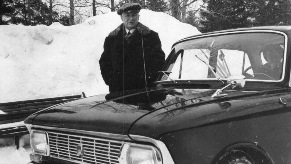 А.Ф. Андронов и Москвич-412-04 конец 60-х