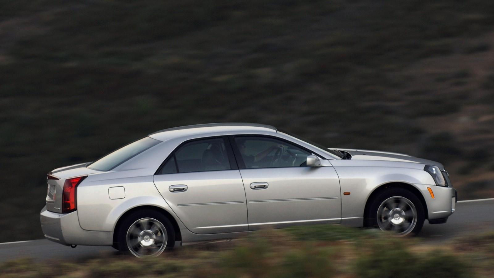 Cadillac CTS Worldwide '2002–07 на трассе