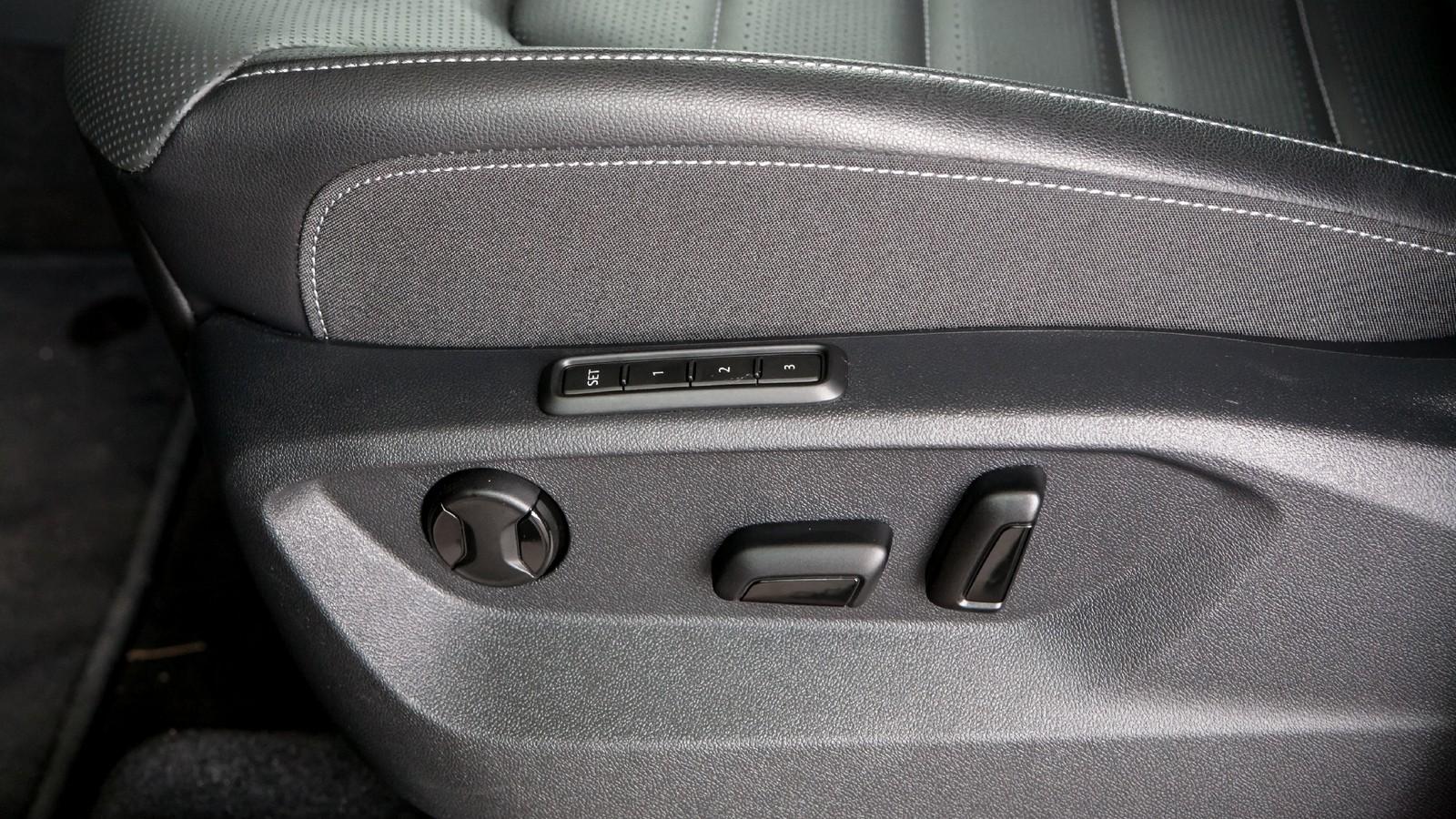 Volkswagen Teramont регулировка сидения
