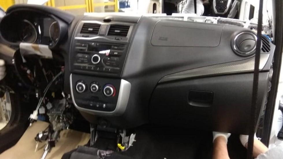 Передняя панель обновленной Lada Granta