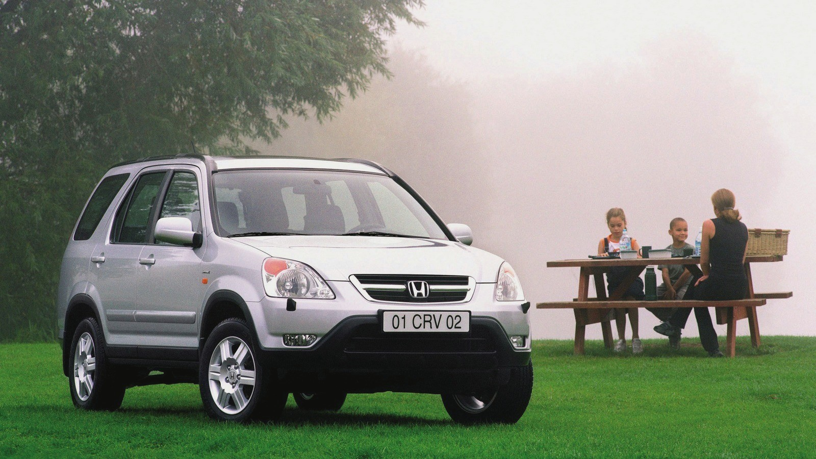 На фото: Honda CR-V (RD5)