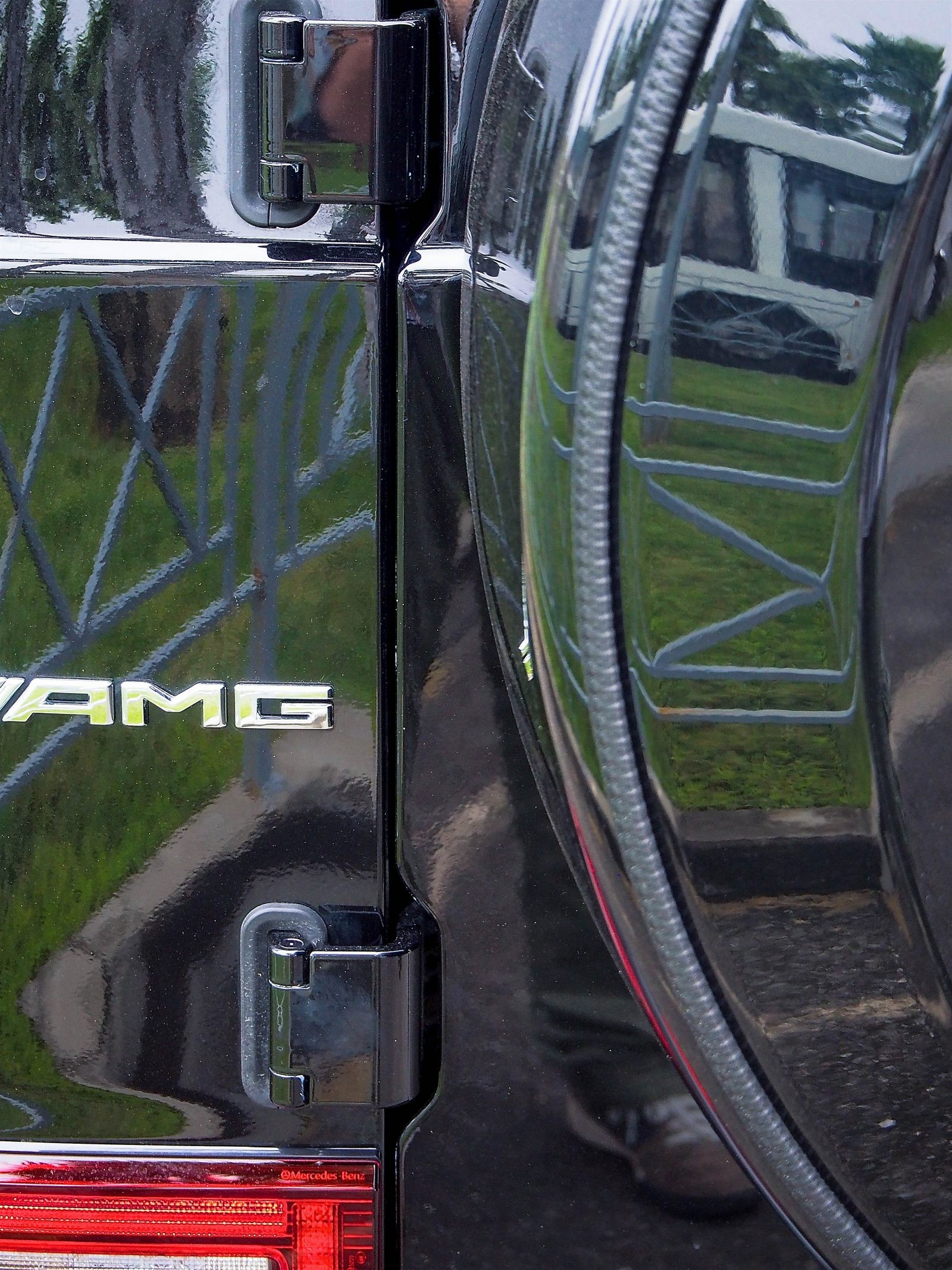 Mercedes-Benz G-Klasse запасное колесо