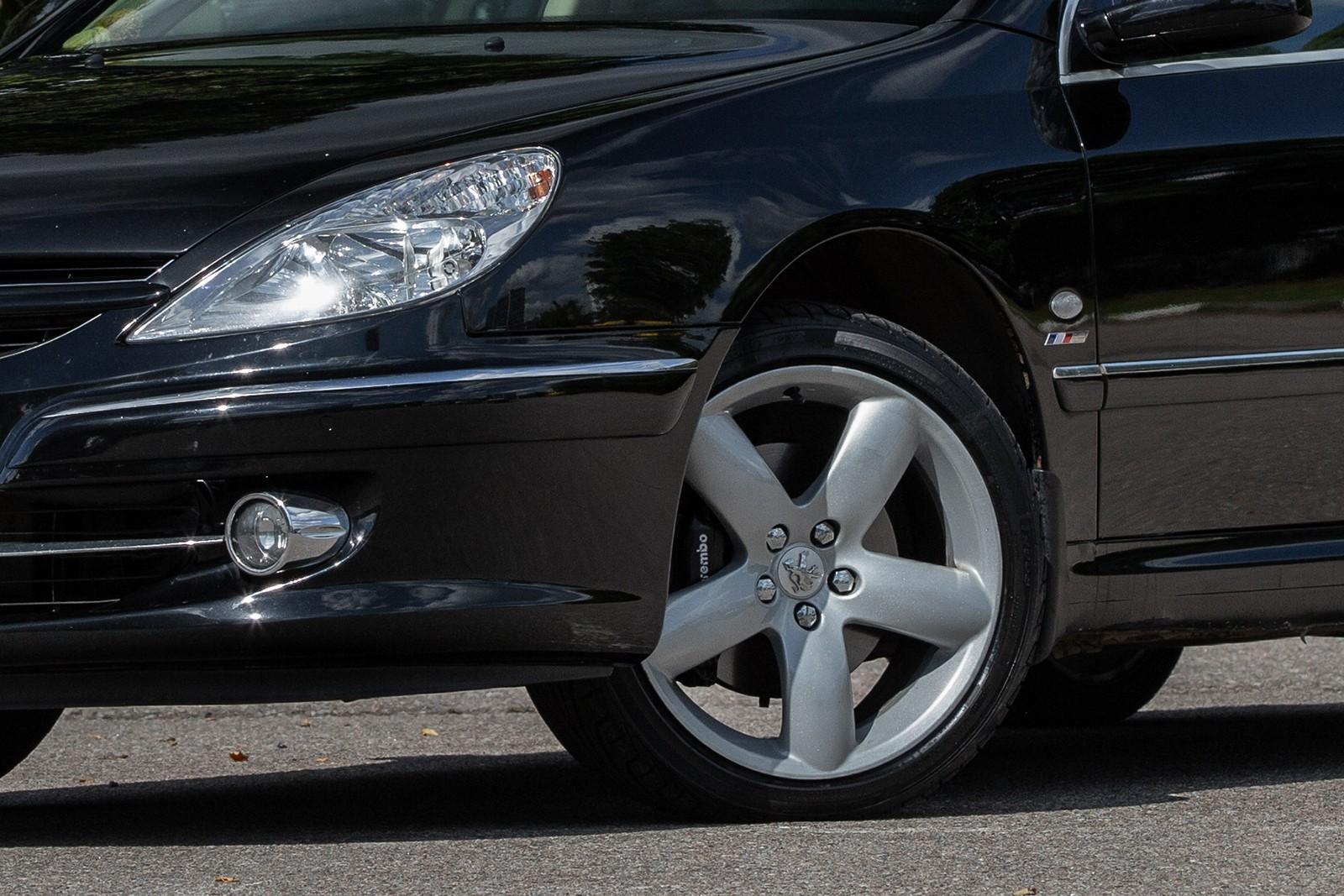 Peugeot 607 с пробегом: пороги сгнивают изнутри, но салон сохраняется неплохо