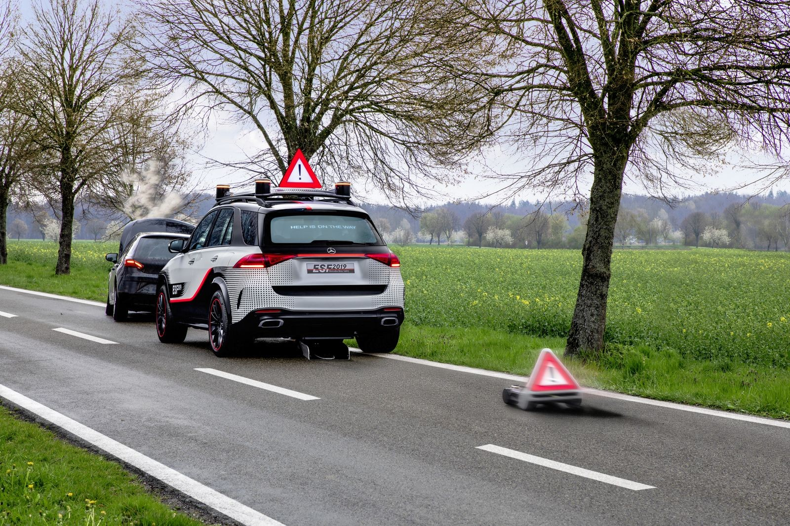 Das Experimental-Sicherheits-Fahrzeug (ESF) 2019 The Experimental Safety Vehicle (ESF) 2019