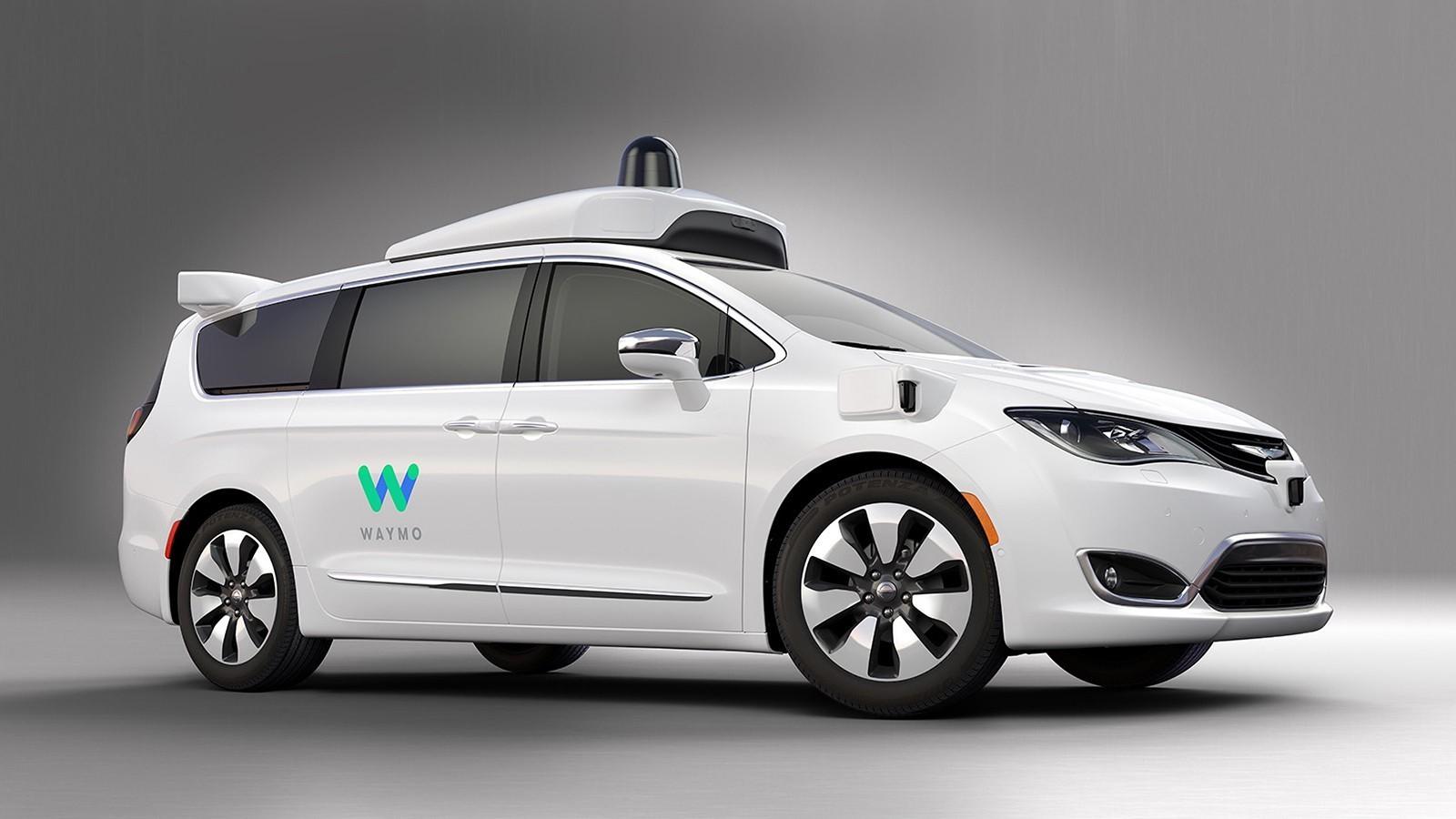 googles-driverless-waymo-based-on-chrysler-pacifica-hybrid