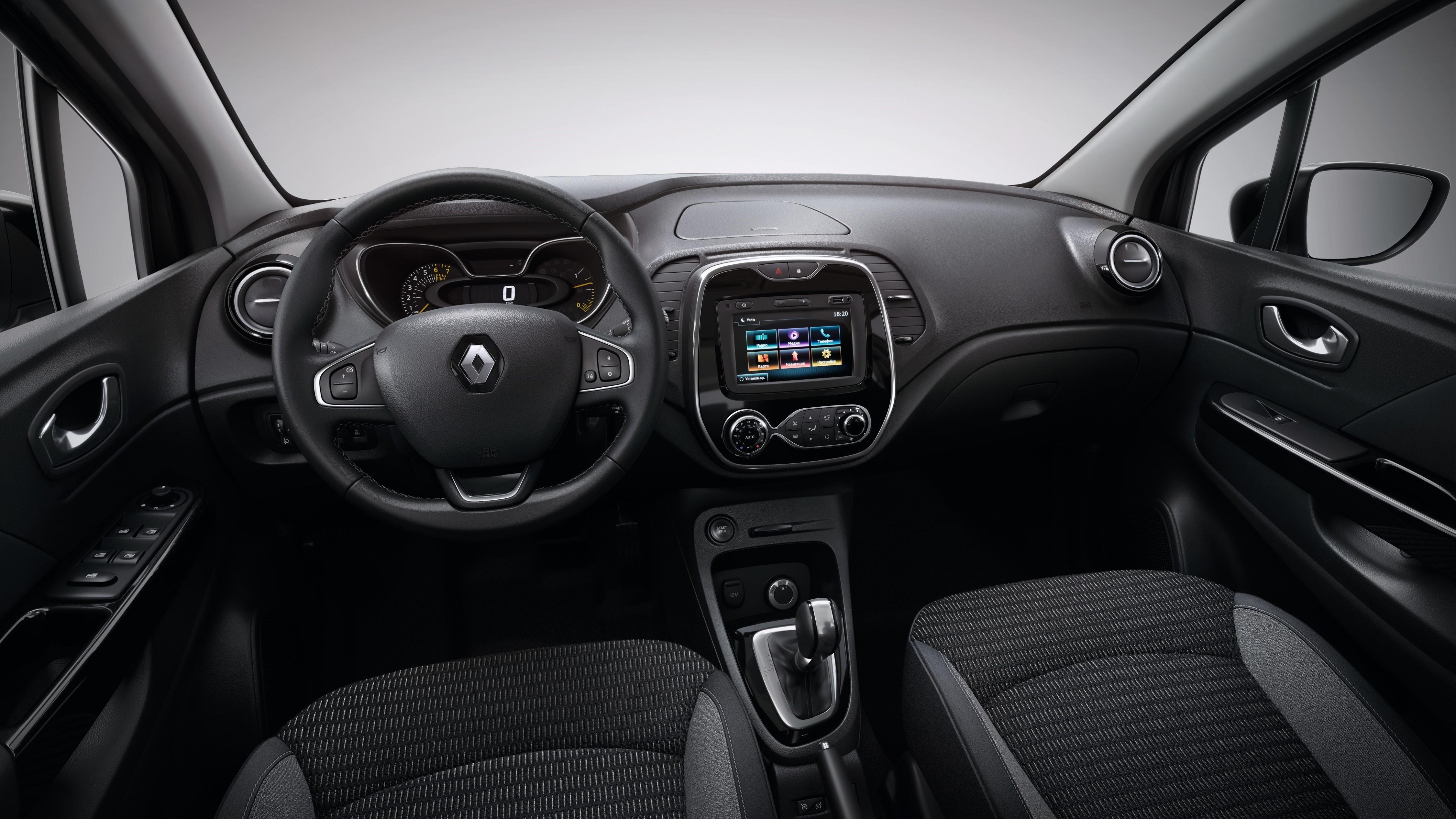 На фото: салон Renault Kaptur