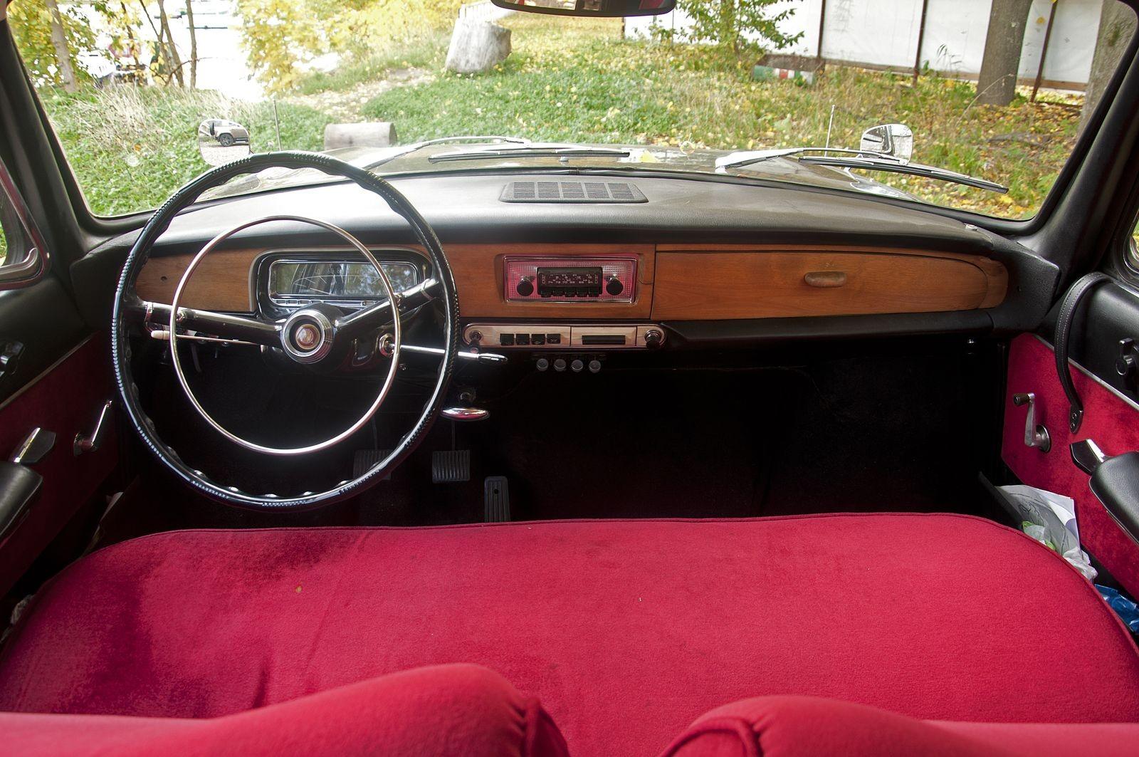Ты просто космос: тест-драйв Tatra 603 1974 года