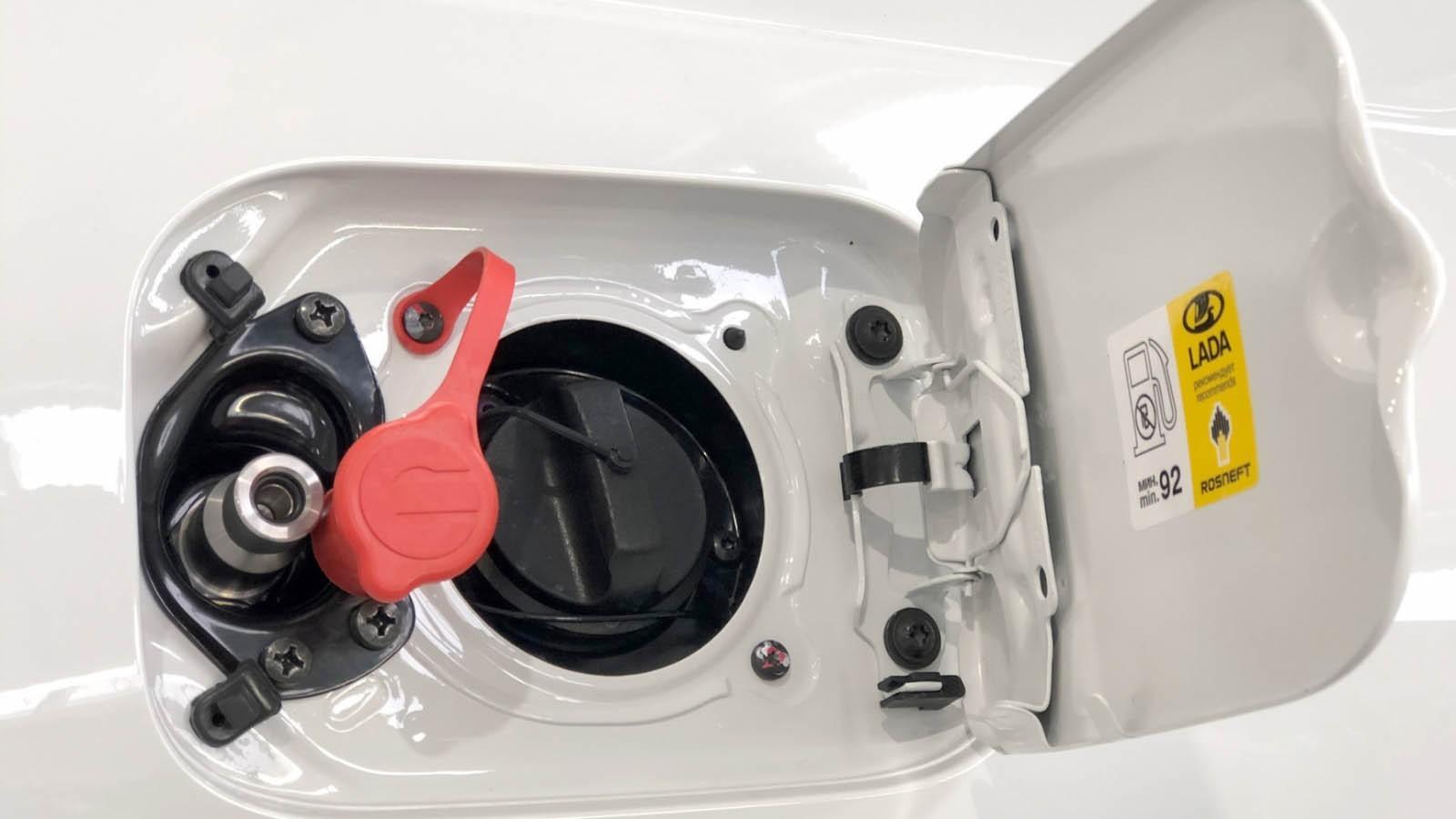 Обратно на бензин: почему перевод машины на газ превращается из выгоды в абсурд
