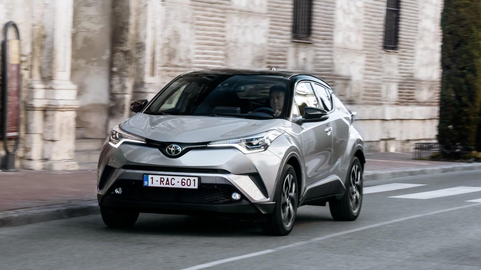 На фото: Toyota C-HR