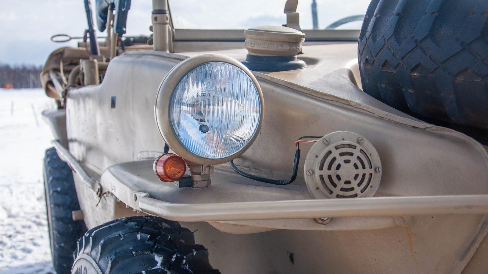 Volkswagen Type 166 Schwimmwagen правая фара
