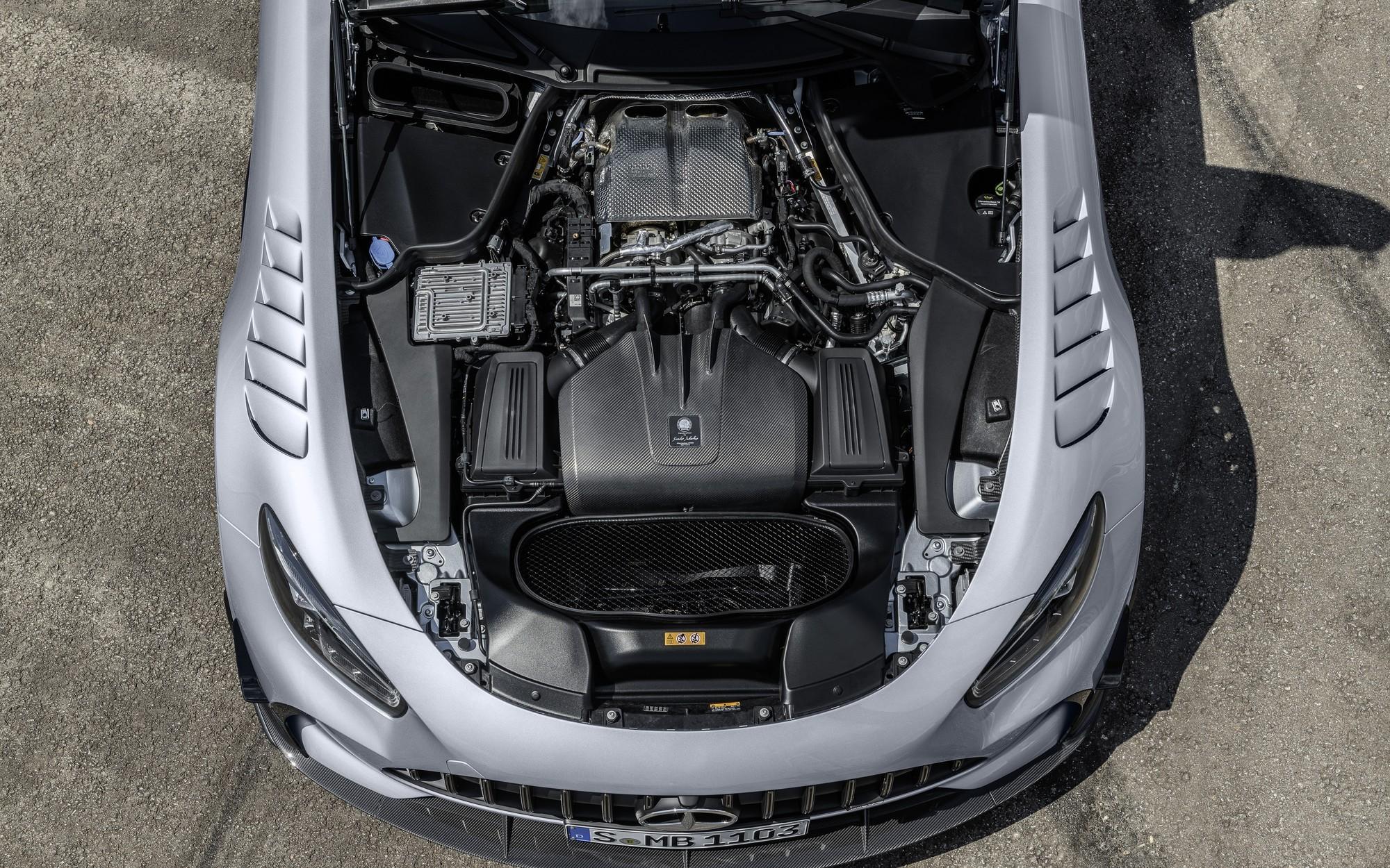 Mercedes-AMG GT Black Series стал самым быстрым серийным спорткаром Нюрбургринга