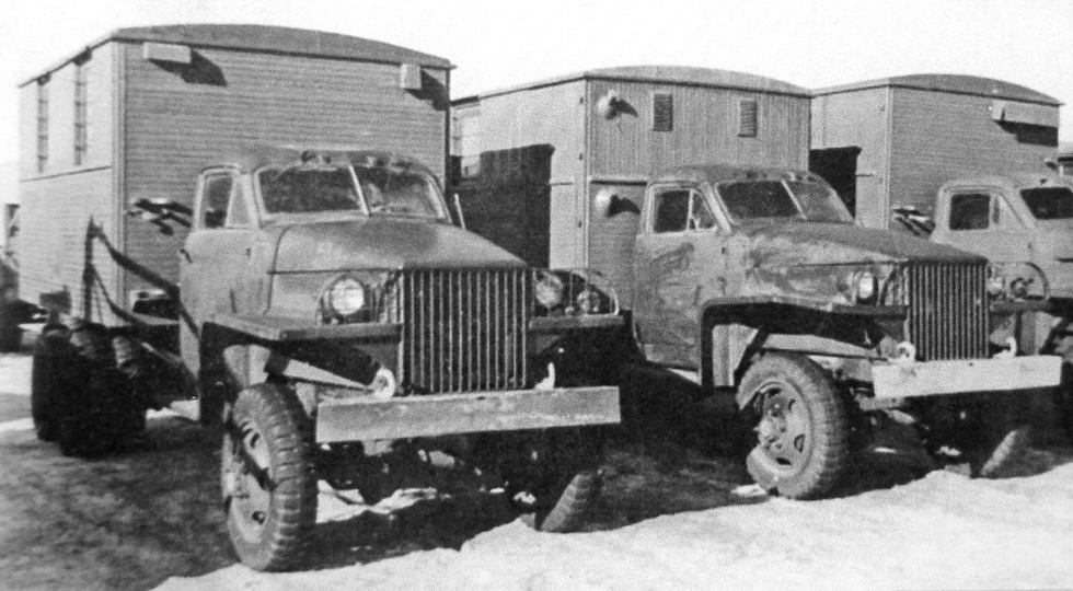 Коротковолновая радиостанция РАТ на грузовиках Studebaker (из архива Н. Маркова)