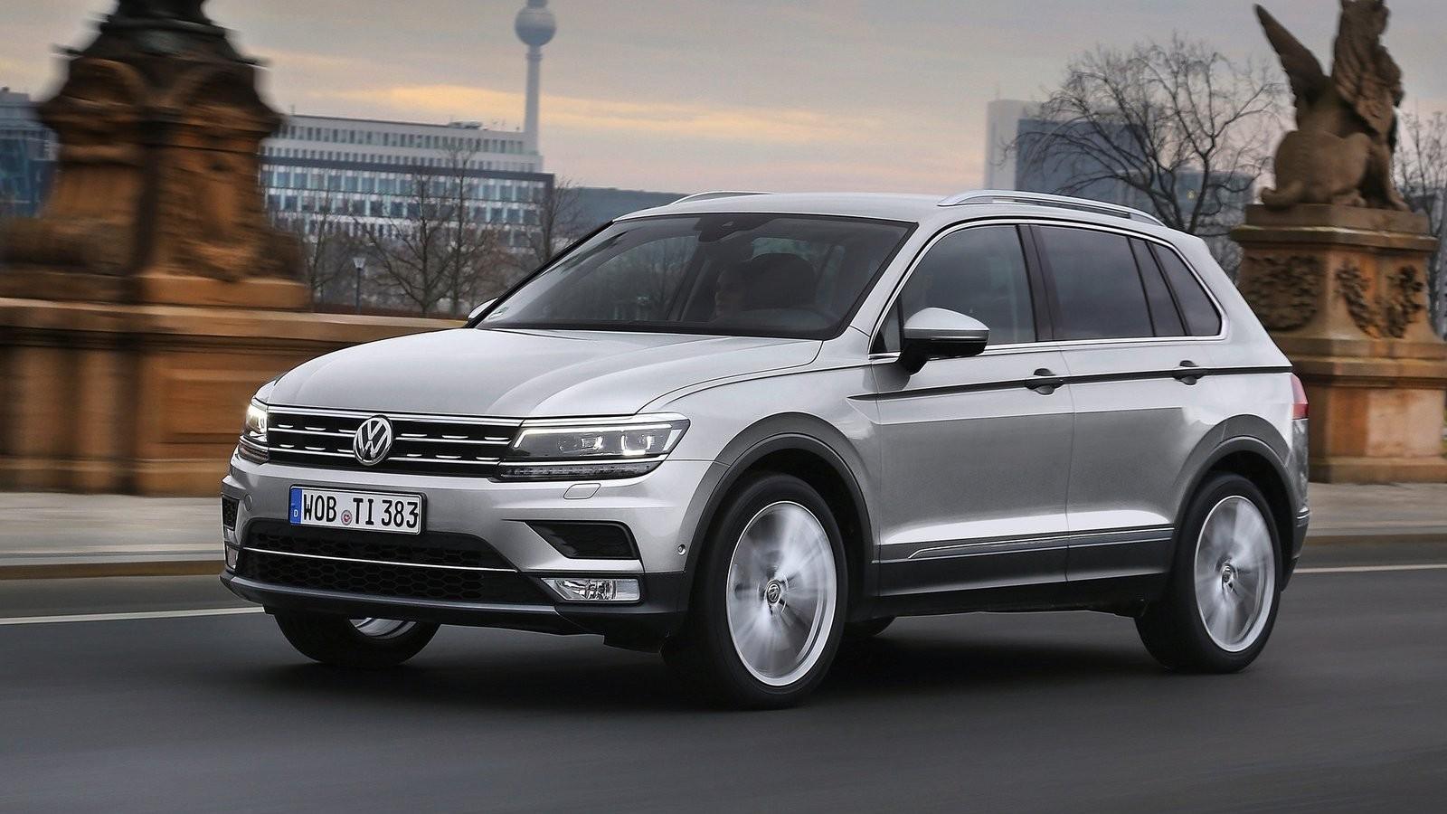 Volkswagen-Tiguan-2017-1600-11