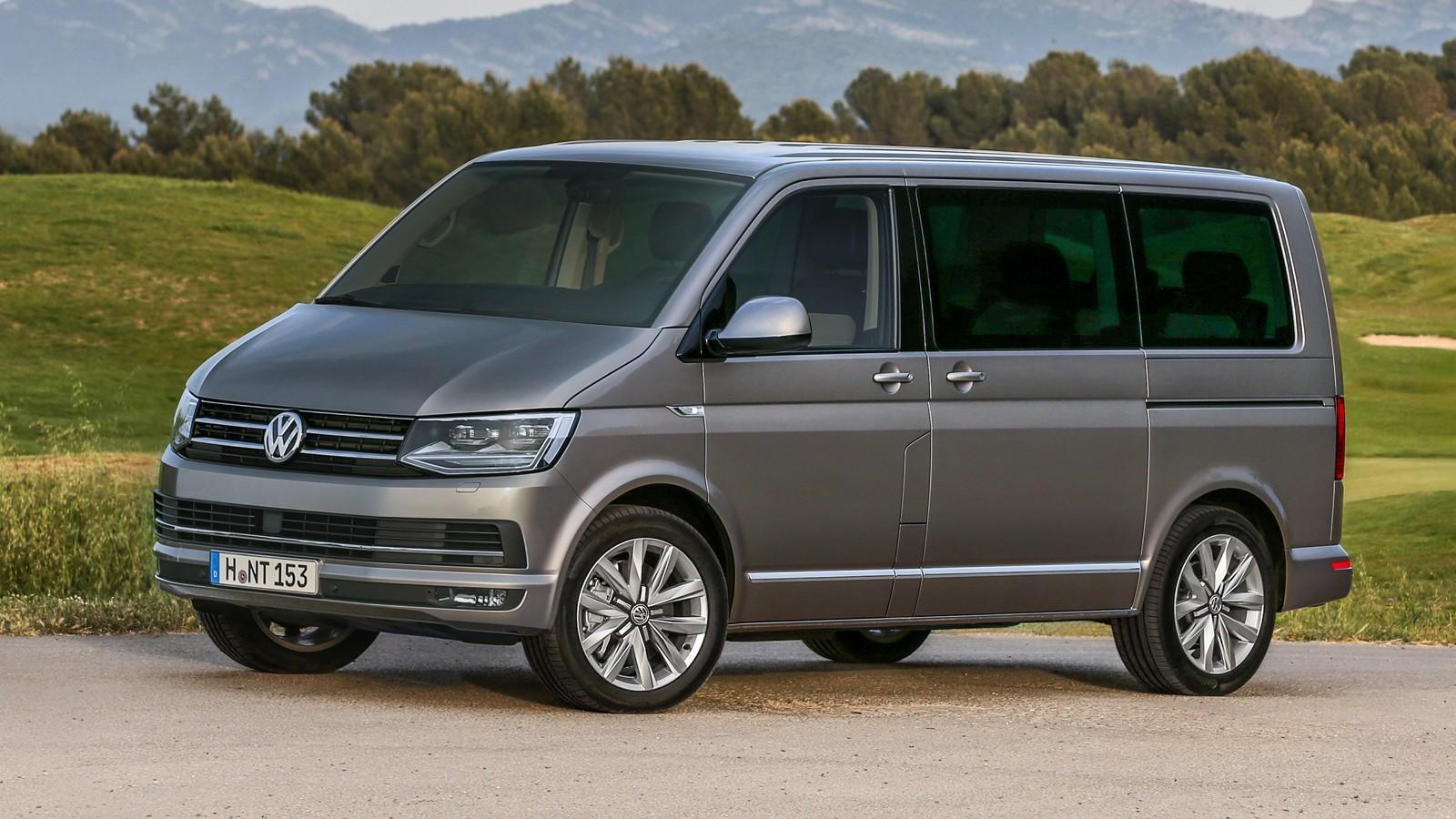 На фото: Volkswagen Multivan (T6)